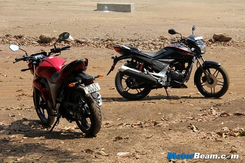 Hero-Xtreme-Sports-vs-Suzuki-Gixxer-02