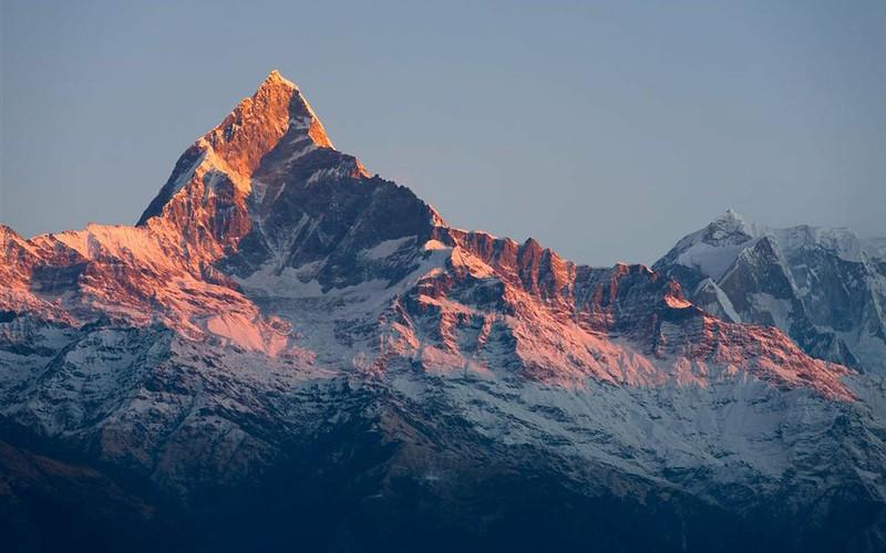 machhapuchhre-mountain-1280x800