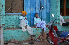 FROM THE STREETS OF BADAMI, KARNATAKA (GOPAN G. NAIR [ GOPS Photography ]) Tags: life street india photography karnataka badami gops gopan gopsorg gopangnair gopsphotography