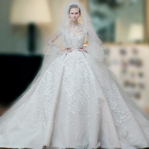 Elisa mo 39 s most interesting flickr photos picssr for Last season wedding dresses