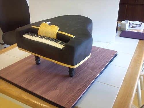 """A piano cake for a birthday. • <a style=""""font-size:0.8em;"""" href=""""http://www.flickr.com/photos/50891271@N03/16346418321/"""" target=""""_blank"""">View on Flickr</a>"""