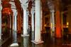 DSC01299_2014_Istanbul. La Citerne Basilique. Les colonnades.