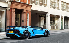 Baby Blue. (Alex Penfold) Tags: lamborghini aventador sv roadster lambo av lp750 lp 750 baby blue light supercars supercar super car cars autos alex penfold london spotting 2016 arabs