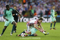 Croatia vs Portugal (Kwmrm93) Tags: france sports sport canon football fussball soccer futbol futebol uefa fotball voetbal fodbold calcio deportivo fotboll  deportiva esport fusball  fotbal jalkapallo  nogomet fudbal  euro2016 votebol fodbal