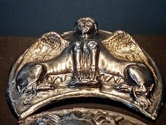 A silver pendant depicting a double sphinx awarded to Titus Flavius Festus Roman 1st century CE (mharrsch) Tags: medal donamilitaria military legionary valor bravery courage award silver roman ancient 1stcenturyce neuesmuseum berlin germany mharrsch