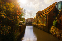 autumn sun at stade (rian.krenzer) Tags: sunshine autumn canal houses foliage hanse travel water germany city stade northerngermany foilage town sun