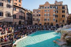 Rome - Trevi Fountain Crowd (Le Monde1) Tags: italy rome city eternal lemonde1 nikon d610 vatican capitoline palatine tiber river roma stpeters sevenhills capital romancatholic trevifountain crowd