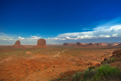Monument Valley (Carlos Pea Fernandez) Tags: monument valley navajo nation eeuu usa arizona paisaje landscape deser desierto mitten sky cielo nubes clouds blue rocks
