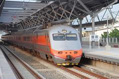 IMG_0558  (vicjuan) Tags: 20161016 taiwan   taichung fongyuan  railway geotagged geo:lat=2425331 geo:lon=120722922  fongyuanstation  train