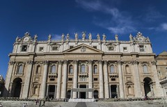 Front of the Vatican (noname_clark) Tags: italy rome vacation honeymoon vatican stpeter39ssquare basilica