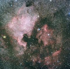 Nordamerikanebel + Pelikannebel (astroaxel) Tags: spanien andalusien canillas de albeida nebel gasnebel dunkelwolke milchstrase ngc 7000 ic 5070