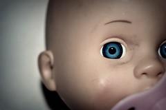 Look (Saramanzinali) Tags: sguardo bambola look bambolotto paura