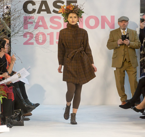 SONIA REYNOLDS PRESENTS HER SELECTION OF THE BEST OF IRISH FASHION- REF-101331