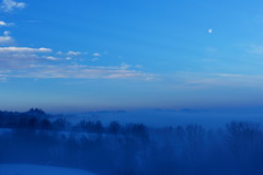 Moon setting and mount Monviso at dawn (flubatti) Tags:
