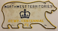 NORTHWEST TERRITORIES 1973 ---CROWN PLATE (woody1778a) Tags: nwt northwestterritories licenseplate registrationplate queen royal family crown mycollection myhobby canada polarbear 1973 rcmp police collection centennial