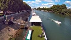 16h38 - 17 juillet 2016UNKNOWN (FR) (embourioboat) Tags: paris seine leisure bateau plaisance rapide speedboard