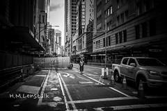 MONO1258 (H.M.Lentalk) Tags: leica m typ 246 monochrome summilux summiluxm 28mm 28 f14 14 114 11428 oz aussie australia australian street sydney black white people urban life city asph