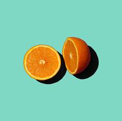 pltano (Pablo Martnez Fabin) Tags: summer orange colors azul fruit cherry lemon colores fruta amarillo verano naranja froot limn morado cereza