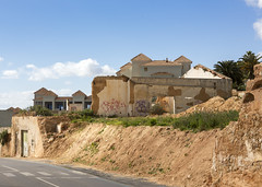 Abandoned House (Hans van der Boom) Tags: europe portugal algarve vacation holiday albufeira house building abandoned ruined dilapodated pt