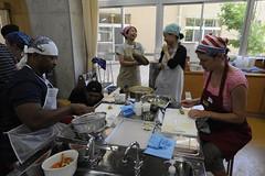 160809-N-LV456-070 (Fleet Activities Yokosuka) Tags: yokosuka japan culturalexchange cooking communityrelations curry gyoza suwaelementary