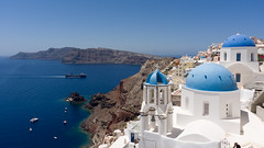 Carriage of Goods by Sea (Jaf-Photo) Tags: santorini oia cyclades greece mediterranean holiday vacation sunshine sunny sun sea sky islands cliffs water church scenery beautiful blue white sony ilca77m2 sigma 1224mm ship shipping colours colors panorama