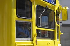 An yellow tram (White_Dragon_09) Tags: bauschlomb baltar 7523