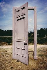 Door (Henri Orbe) Tags: porte artiste sculpture artcontemporain turk peyrassol