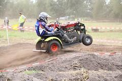 IMG_9291 (Wallus2010) Tags: rasenmherrennen2015 grosmoor motorsport rennen hbschemdchen boxenluder eos500d tamron18200vc lawnmowerracing lawnmower racing germany moorbockcross 2016 moorbockrennen