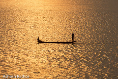 Sunset on the mahanadi (asheshr) Tags: beautifulindia beautifulsunset cuttack d7200 dusk fishermen fishing fishingboat goldenlight goldensunset india landscape mahanadi mahanadiriver nikon nikond7200 odisha orissa rivermahanadi sunset sunsetonmahanadi riverscape