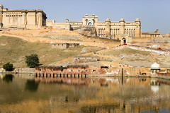 Amber fort and its lake (Scalino) Tags: india yellow amber fort jaipur rajasthan amer inde amberfort cheesenaan