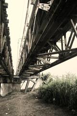 Effeil Bridge (bellomo.marco89) Tags: trip travel bridge red asia steel engineering ponte east vietnam oriente hanoi viaggi viaggio ingegneria povert mondo acciaio fango effeil povero terzo edile