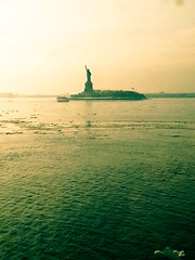 #statenislandferry #statenisland #manhattan #nyc #newyorkcity #iloveny #nycfeelings #statueofliberty #ladyliberty #jerseycity #icy #ice #water #newyorkharbor (jstiles81) Tags: nyc newyorkcity ice water jerseycity manhattan statueofliberty icy statenisland statenislandferry ladyliberty iloveny newyorkharbor statenislandferryboatjohnanoble nycfeelings