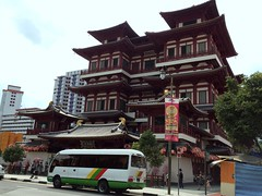 Buddha Tooth Relic Temple & Museum #3 in China town (Fuyuhiko) Tags: china museum tooth temple town singapore buddha 4 relic