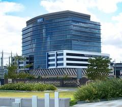 BOQ Headquarters, Brisbane (Oriolus84) Tags: city building glass architecture office australia brisbane commercial highrise gasworks queensland newstead fkp bankofqueensland newsteadriverpark boqbuilding boqheadquarters 100skyring