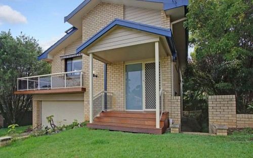 4 Shipton Crescent, Mollymook NSW