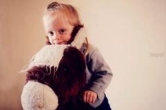(|FatouGraphY|) Tags: portrait horse game children cheval enfant jeu