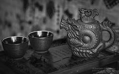 Tea set in Black and White (Lihoman...) Tags: sigma 50mm f28 ex dg macro lihoman боке bokeh boke dof depth filed грип нерезкий размытый нереальный tea table chaban couple pot kettle teapot чайный столик чайная доска чайник дракон феникс чайные чашки церемония teaset china chinese китайский чай китайская blackandwhite blackwhite monochrome sepia blackwhitephotos bw black white negro blanco nero bianco schwarz weiss noir blanc фотография фотографии фото фотки чернобелая чернобелые чернобелое черно белые белая белое чорно сепия монохромные монохромная yixing zisha purple clay