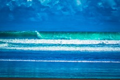 Giant swell in Playa Matopalo.