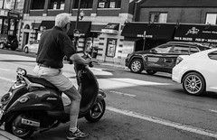 Street walk session 6-27-2016 pic20 (Artemortifica) Tags: belmont brownline cta chicago clarkandlake sonya6300 street blueline buses candid city downtown passengers people trains il