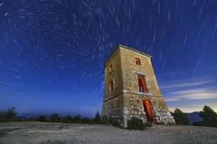 Telgrafo ptico (Paco Herrero) Tags: spreader noche night cielo sky circumpolar telegrafo
