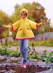 A-Z: R - rain gear (Michaela Unbehau Photography) Tags: azchallengegrouphttpswwwflickrcomgroups2962397n20discuss72157673492643320rraingearthinkraincoats rainboots andumbrellasshowushowyourdolldressesonrainydayswhethershescuteandbundledorsleekandsexy showusthatyourdolllooksfabulousevenifitsdrearyoutside poppy parker shes there autumn happy yellow fashion royalty integrity toys michaela unbehau fashiondoll doll dolls photography mannequin model mode puppe fotografie toy outdoor regen httpswwwinstagramcommichaelaunbehau httpswwwfacebookcomdollimages