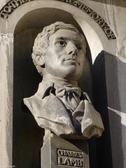 Charles Lamb, by William Reynolds-Stephens in 1935. (Iain Targett) Tags: england london unitedkingdom statues charleslamb williamreynoldsstephens walkinglondonsstatuesandmonumentsnewcity