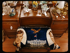 The Jack & Bobby Boutique (MPnormaleye) Tags: classic lamp table woodwork wooden junk furniture antique vanity brush retro jfk utata figurine deco drawers bricabrac rfk utata:project=tw463