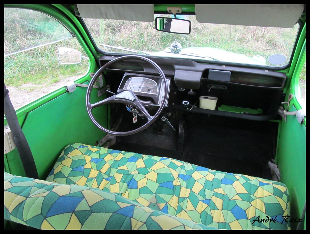 The world 39 s newest photos of 2cv and vert flickr hive mind for Interieur 2cv