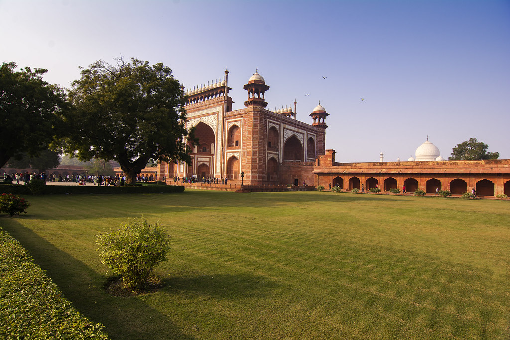 shahjahan research papers Shah jahan (1592-1666) was the fifth mogul emperor of india during his reign, from 1628 to 1658, the mogul empire reached its zenith in prosperity and.