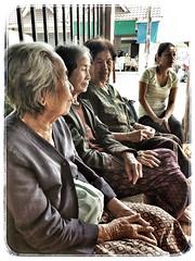 The Aunties of Renu Nakhom II (jssutt) Tags: mobile thailand phone cell familyreunion goggle familyvacation phonephotos nakhonphanom googlephotos thailandtravel thailandphoto thaitourism jssutt jeffsuttlemyre nakohnphanom fonfotos renunakhom
