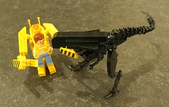 Aliens WIP (Grantmasters) Tags: power lego aliens queen suit minifig loader