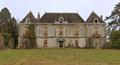 Jugy Chteau du Chne  001 (Laurent Lenotre) Tags: castle burgundy schloss bourgogne chteau lentre burgund jugy