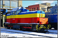 85-0169-4 (Zoly060-DA) Tags: blue red snow yellow hp diesel 4 engine februarie romania works locomotive bo 16 169 450 85 freight cluj napoca maybach shunter faur hydarulic remarul