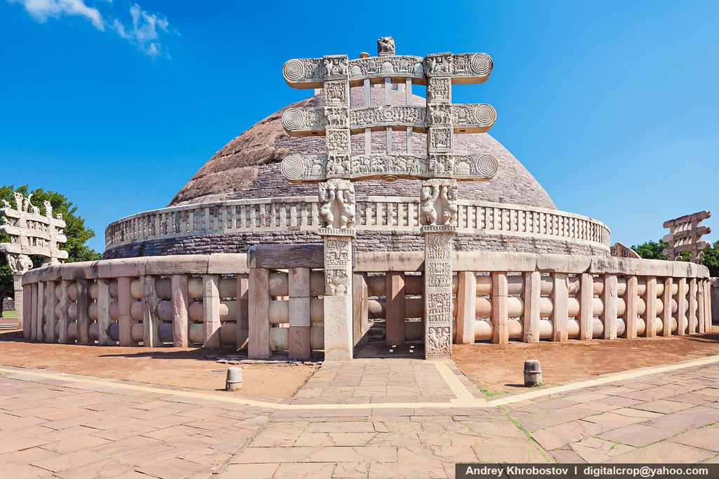 essay on sanchi stupa The sanchi stupa was constructed in the honour of lord buddha by emperor  ashoka in 3rd century bc.